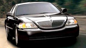 Lincoln Town Car - Rob's Car Service
